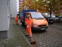 Fizyczna praca w Norwegii przy sprzątaniu, odśnieżaniu miasta