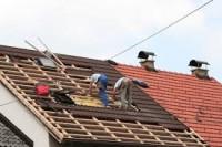 Oferty pracy w Norwegii na budowie jako dekarz przy montażu okien dachowych