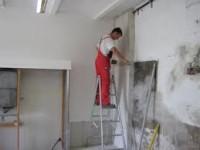 Praca Norwegia przy wykończeniach – monter regipsów na budowie Bergen