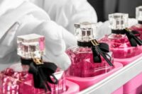 Norwegia praca 2020 od zaraz przy pakowaniu perfum bez znajomości języka w Oslo