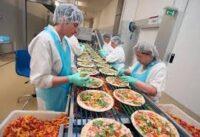 Bez znajomości języka praca w Norwegii od zaraz na produkcji pizzy fabryka Bergen 2021